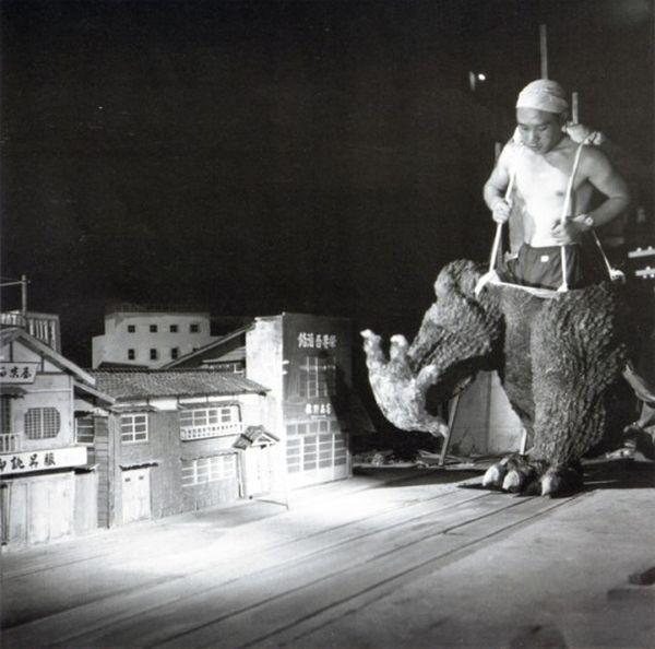 on-the-set-of-godzilla-in-1954-1.jpg.059e1d3fddcc6c03a9348da7cbf94282.jpg